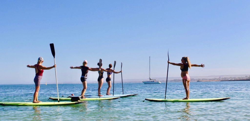 SUP Yoga Balance with Paddle